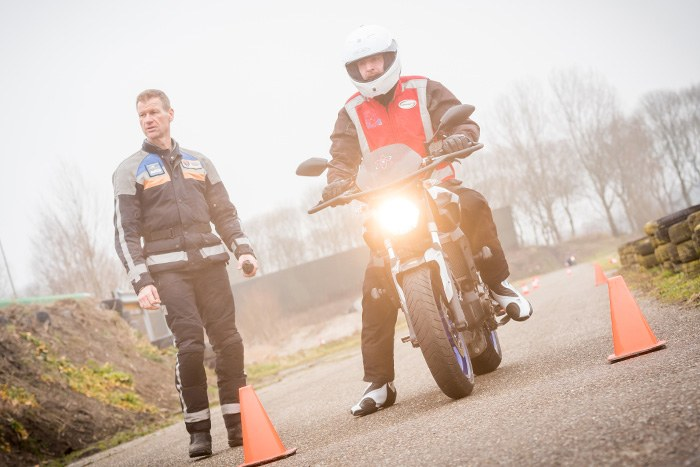 spoed-motor-rijbewijs-halen-motorrijles